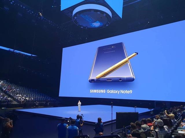 """Galaxy Note9 ra mắt với pin """"khủng"""", cây viết S-Pen có thể chụp ảnh selfie - 2"""