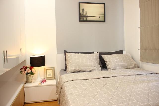 Phòng ngủ được thiết kế trang nhã, nhẹ nhàng để đem đến sự thoải mái, thư giãn nhất sau khi trở về nhà