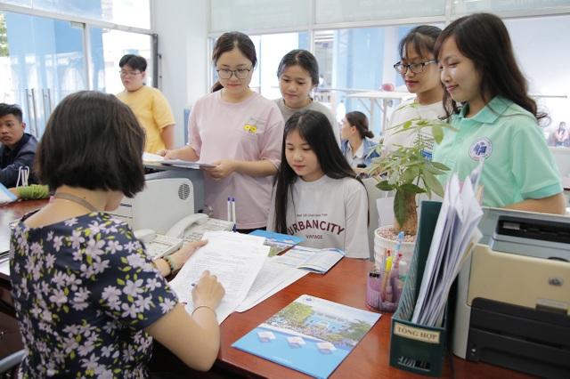 Trường ĐH Công nghiệp Thực phẩm TPHCM tiếp tục nhận hồ sơ xét tuyển cao đẳng và đại học - 1