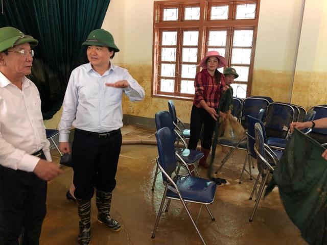 Trong năm học mới, nhà trường có 347 học sinh với 273 em ăn, ở bán trú tại trường. Nhà trường đã thực hiện được việc học 8 buổi/tuần. Để chuẩn bị cho năm học mới, nhà trường đang cùng với người dân, phụ huynh học sinh trên địa, hơn 100 cán bộ, chiến sỹ của Ban chỉ huy quân sự huyện Mai Sơn, Bộ chỉ huy quân sự tỉnh Sơn La ngày đêm dọn dẹp trường lớp, khắc phục hậu quả mưa lũ.