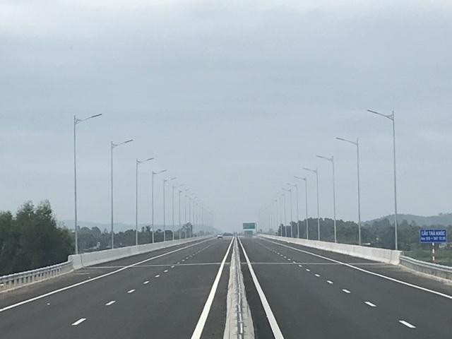 Cao tốc Đà Nẵng - Quảng Ngãi có tốc độ thiết kế 120km/h