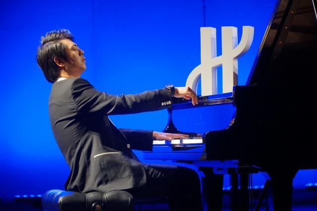 Lang Lang dẫn dắt khán giả đắm chìm trong âm nhạc đẳng cấp thế giới.
