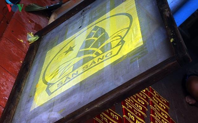 Làng may cờ lớn nhất Thủ đô dốc toàn lực cho bóng đá và dịp Quốc khánh - 11