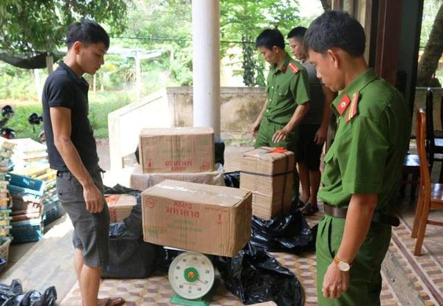 Hơn 500 kg pháo hoa bị bắt giữ trên đường vận chuyển