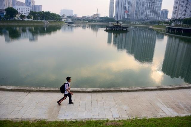 Toàn cảnh lá phổi xanh 130.000 m2 mới hoạt động ở Hà Nội - 7