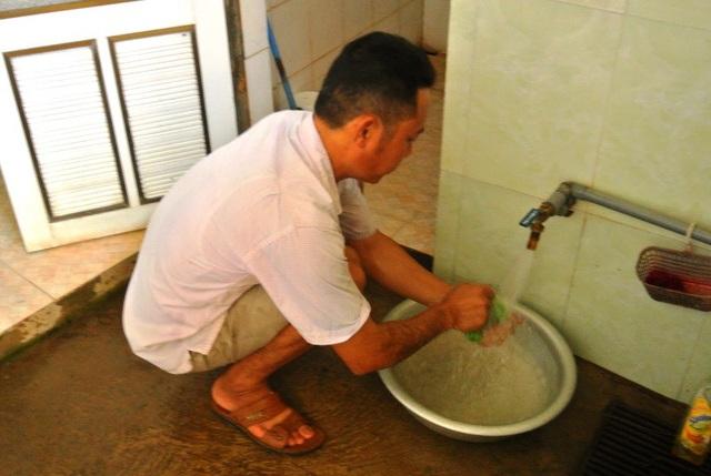 Sau nhiều năm mỏi mòn chờ đợi, năm 2017 người dân Yên Lão mới được sử dụng nước sạch