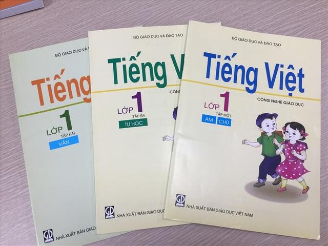 Bộ sách Tiếng Việt công nghệ giáo dục. Ảnh: Nguyễn Hà