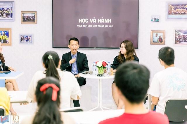 Anh Đỗ Trọng Phát trong một buổi chia sẻ cùng sinh viên Việt Nam do INEC tổ chức