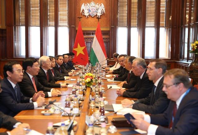 Tổng Bí thư Nguyễn Phú Trọng hội đàm với Thủ tướng Hungary Viktor Orbán.