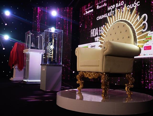 Chiếc ghế được thiết kế khá tinh tế sang trọng
