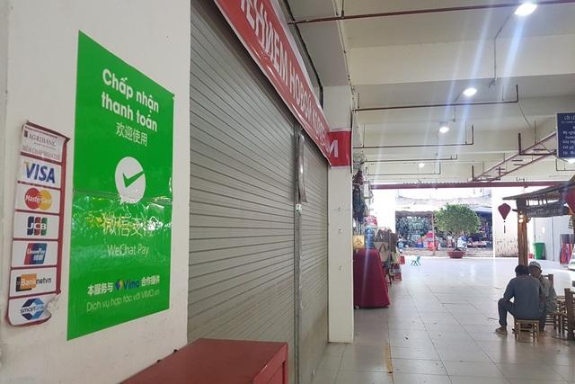 Tiểu thương Chợ Đầm Nha Trang cũng chấp nhận thanh toán qua Wechat Pay với khách Trung Quốc