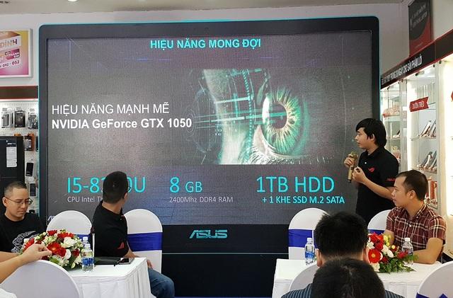Asus giới thiệu mẫu Asus F560 tại Việt Nam
