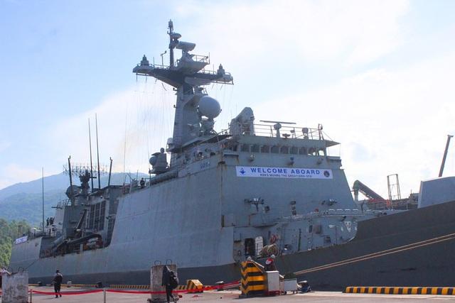 Tàu Hải quân Hàn Quốc thăm hữu nghị Đà Nẵng - 2