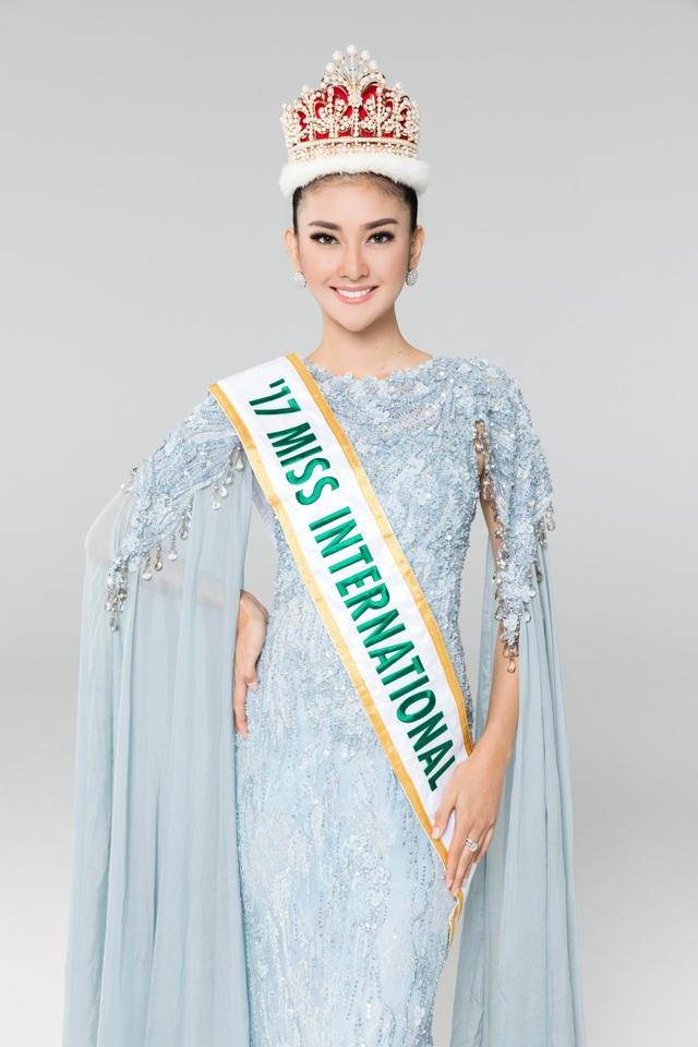 Hoa hậu Quốc tế 2017 Kevin Lilliana sẽ có mặt tại Việt Nam vào trưa 16/9.