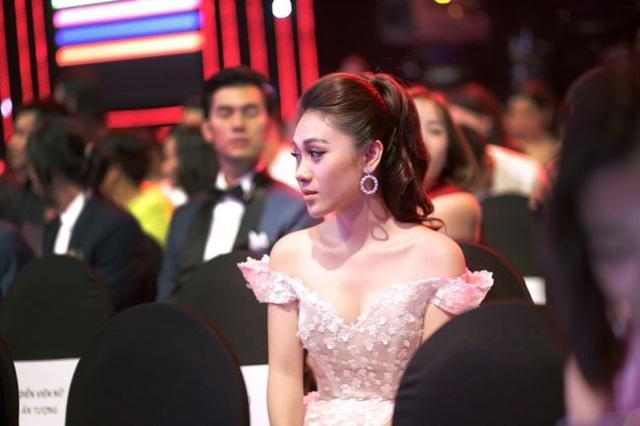 MC Minh Trang đam mê công việc bất chấp những vất vả.