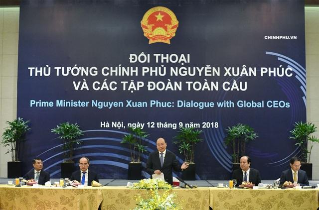 Thủ tướng Nguyễn Xuân Phúc chủ trỉ cuộc đối thoại với một số tập đoàn toàn cầu sáng 12/9 (ảnh: VGP)