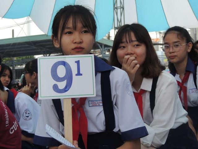 Học sinh tại TPHCM bước vào năm học mới