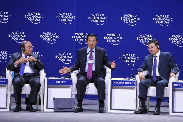 Thủ tướng Campuchia Hun Sen có những chia sẻ thẳng thắn về địa chính trị, ông cho rằng nên loại bỏ trở ngại về chính trị để phát triển kinh tế