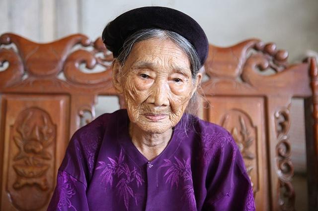 Cụ Lê Thị Mùi đã sống qua 2 thế kỷ.