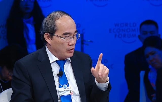 Ông Nguyễn Thiện Nhân, Bí thư Thành ủy kiêm Trưởng đoàn ĐBQH TP.HCM khẳng định Mỗi người dân đóng vai trò là một cảm biến trong xã hội.