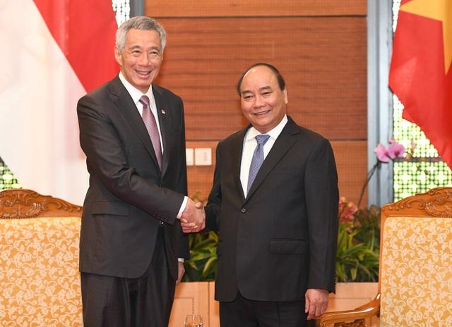 Thủ tướng Nguyễn Xuân Phúc và Thủ tướng Lý Hiển Long