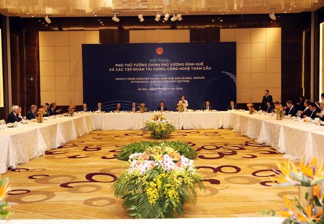 Cuộc đối thoại có sự tham gia của 40 Tập đoàn tài chính, công nghệ toàn cầu