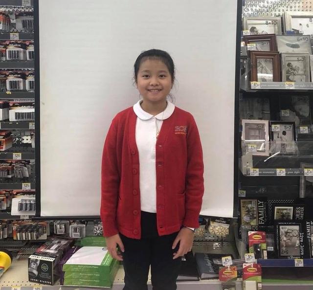 Bé Diệp Khả Doanh đã lớn phổng phao ở tuổi lên 10, Dương Yến Ngọc cho biết, sang Mỹ vài tháng con gái đã cao lớn hơn hẳn
