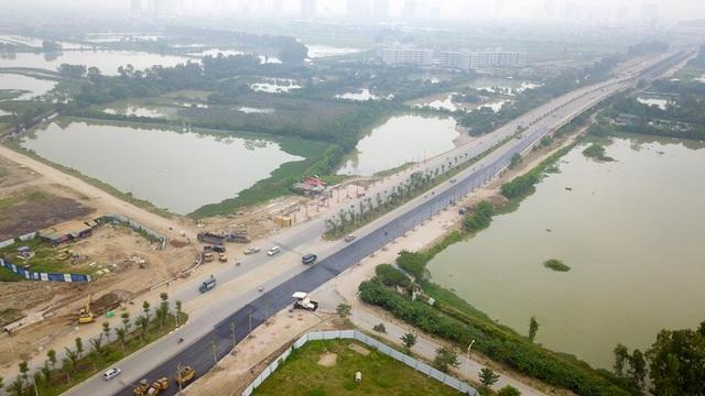 Dự án đường trục phía Nam Hà Nội (dự án BT, đổi đất lấy hạ tầng) khởi công năm 2008, có chiều dài 41km, với tổng mức đầu tư khoảng 5.000 tỷ đồng.