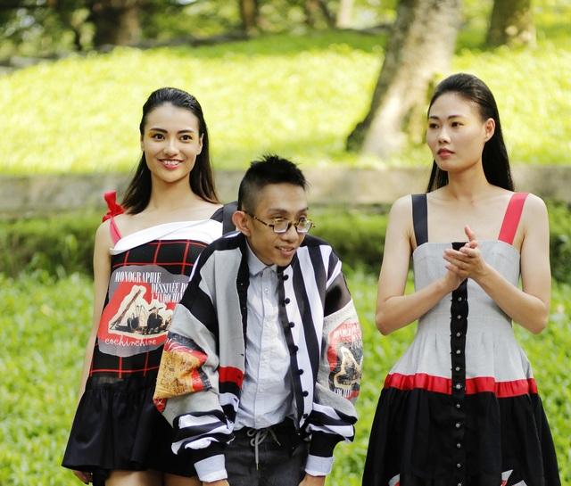 Trong những Tuần lễ Thời trang trước, Công Huân thường đi theo xu hướng cá tính, sáng tạo và bắt kịp nhiều xu hướng thời trang quốc tế. Tuy nhiên, năm nay với xu thế trở về với những giá trị truyền thống của các NTK Việt, Công Huân cũng không nằm ngoài dòng chảy chung.