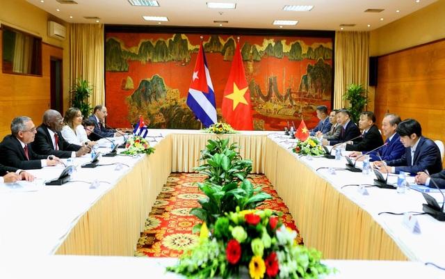 Cuộc hội đàm giữa hai nhà lãnh đạo