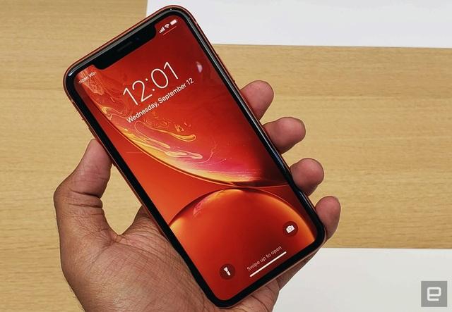 iPhone XR sở hữu màn hình 6,1-inch, công nghệ LCD