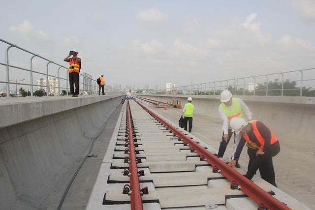 UBND TPHCM đã tạm ứng ngân sách gần 3.300 tỷ đồng để thanh toán cho nhà thầu thi công tuyến metro số 1