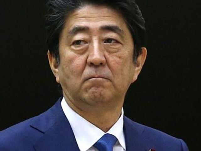 Thủ tướng Nhật Bản Abe đang chịu sức ép từ chính quyền ông Trump. Ảnh: GETTY
