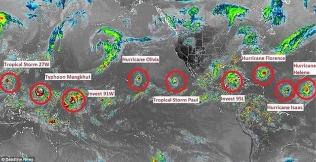9 cơn bão đang di chuyển đến nhiều khu vực khác nhau trên thế giới. Ảnh: Deadline News