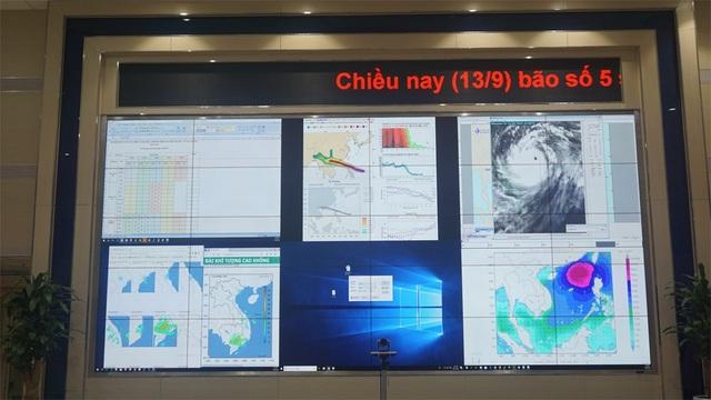 Tổng cục Khí tượng thủy văn đang theo dõi sát siêu bão Mangkhut.