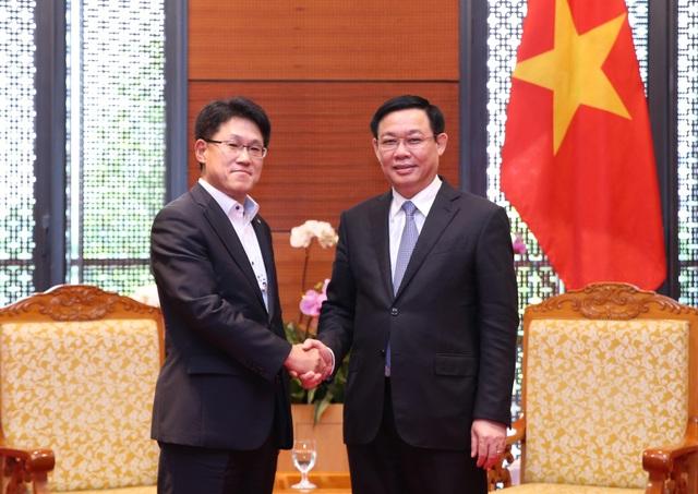 Phó Thủ tướng tiếp Phó Chủ tịch cấp cao Tập đoàn năng lượng Hanwha