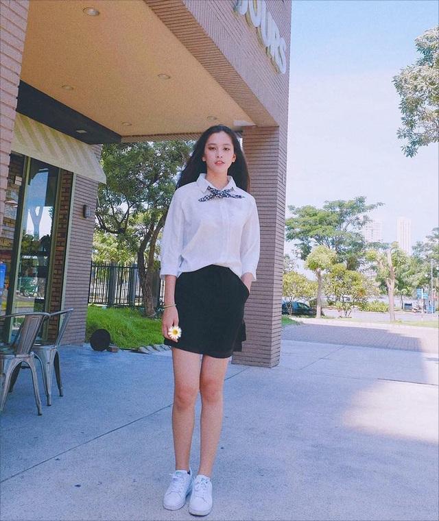 """Nữ sinh """"mặt mộc cũng đẹp"""" lọt vào Chung kết Hoa hậu Việt Nam - 9"""