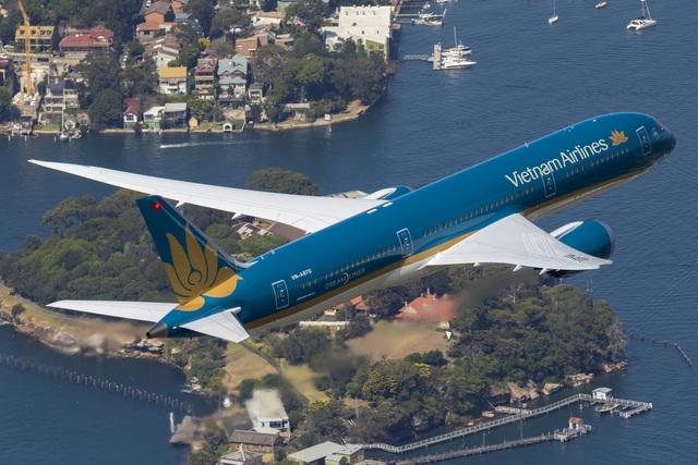 Vietnam Airlines mở rộng dịch vụ đặt phòng điện thoại qua qqebsite của hãng