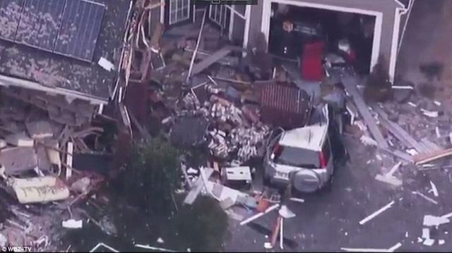 Cảnh tượng tan hoang tại hiện trường một vụ nổ gas ở thị trấn Lawrence nhìn từ trên cao.