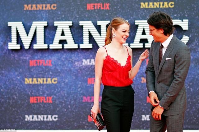 Emma Stone không giấu được sự hào hứng khi ra mắt phim mới