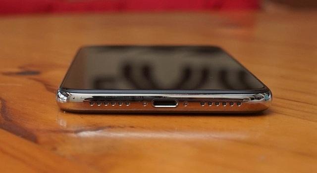 Cách bố trí trên iPhone X.