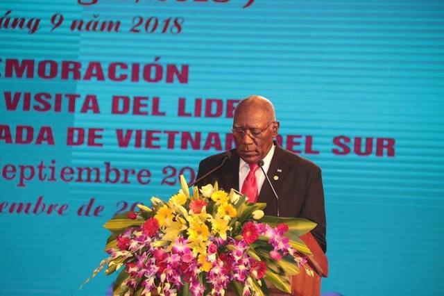 Ông Salvador Valdés Mesa - Ủy viên Bộ Chính trị, Phó Chủ tịch thứ nhất Hội đồng Nhà nước Cuba cũng bày tỏ tình cảm tốt đẹp với Việt Nam