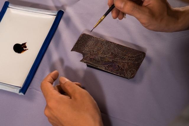 Ngắm ốp lưng sơn mài độc đáo dành riêng cho iPhone - 3