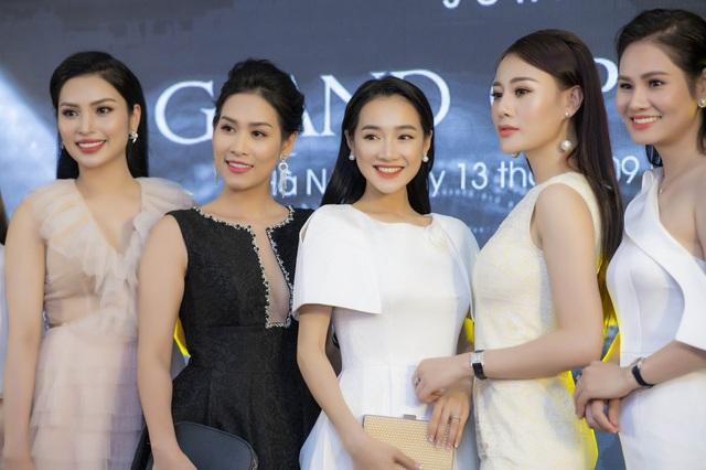 """Cả hai đều là """"con cưng"""" của Trung tâm sản xuất phim truyền hình Việt Nam khi thường xuyên góp mặt vào những tác phẩm gây sốt trong 2-3 năm trở lại đây."""