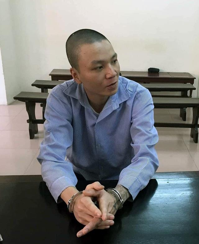 Nguyễn Viết Lực tại phiên tòa ngày 14/9.