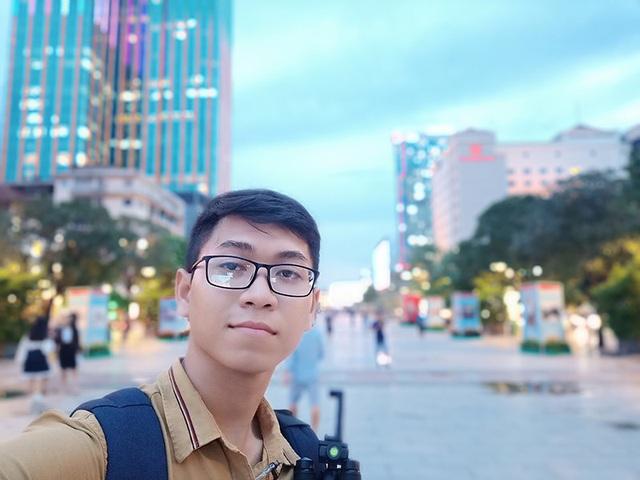 Ảnh chụp xóa phông bằng Oppo F9