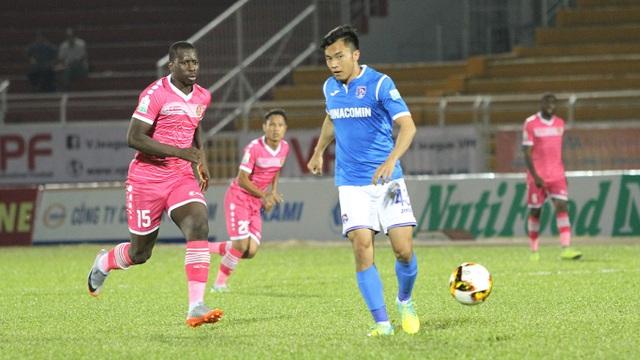 Than Quảng Ninh có điểm trên sân Bình Dương ở vòng 22 V-League 2018