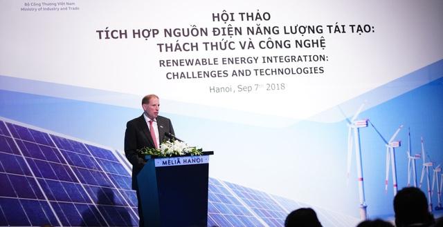 Cách mạng 4.0 sẽ thay đổi và hỗ trợ khả năng tiếp cận công nghệ điện tái tạo ở Việt Nam một cách tốt hơn