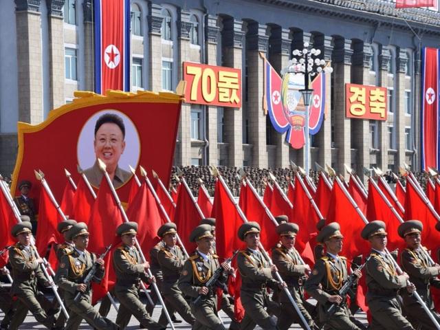 Triều Tiên duyệt binh kỷ niệm Quốc khánh 9/9 (Ảnh: Sky)