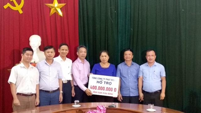 Tổng công ty phát điện 1, trao tăng 400 triệu đồng cho huyện Tương Dương.